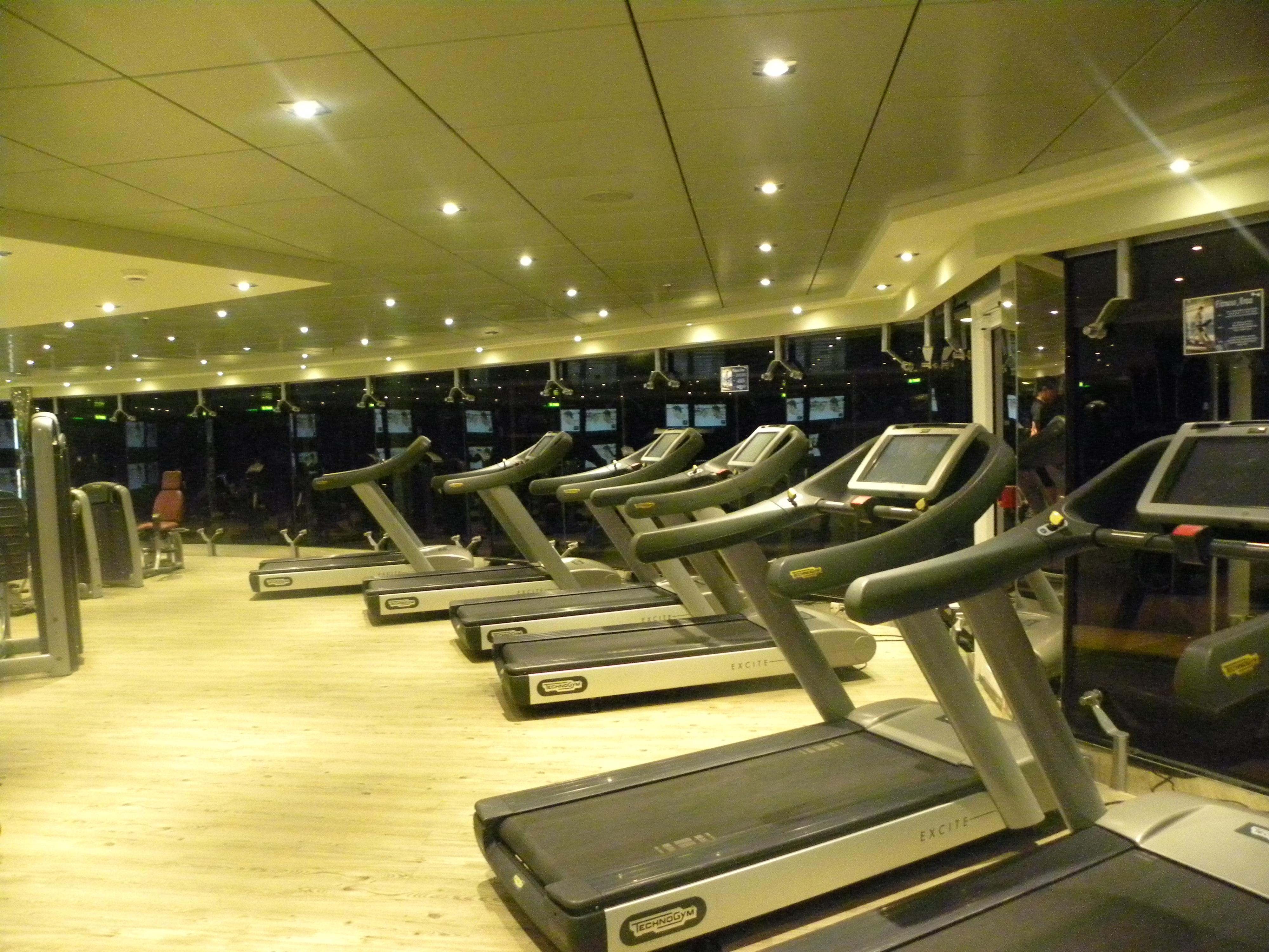Salle de sport et fitness en front de mer du MSC FANTASIA